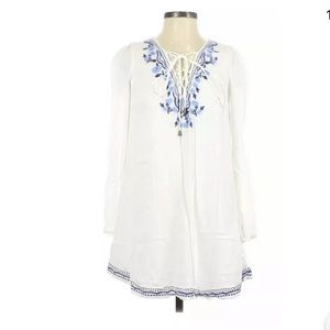 Lovers + Friends XS Casual Dress White Embroidered